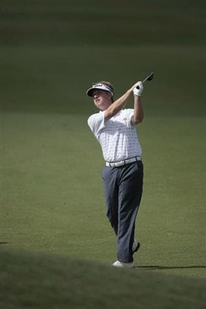 AVONDALE, LA - APRIL 24: David Toms hits his approach shot to the 18th green during the second round of the Zurich Classic at TPC Louisiana on April 24, 2009  in Avondale, Louisiana. (Photo by Dave Martin/Getty Images)