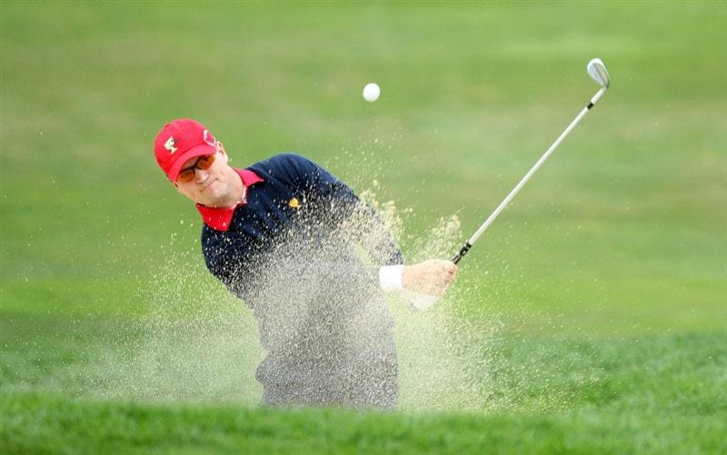 SAN FRANCISCO - OCTOBER 11:  Zach Johnson of the USA Team on the 1st hole during the Day Four Singles Matches in The Presidents Cup at Harding Park Golf Course on October 11, 2009 in San Francisco, California  (Photo by David Cannon/Getty Images)