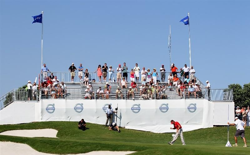 CASARES, SPAIN - MAY 21:  Ian Poulter of England celebrates his birdie on the 17th hole during his quarter final match of the Volvo World Match Play Championships at Finca Cortesin on May 20, 2011 in Casares, Spain.  (Photo by Ross Kinnaird/Getty Images)