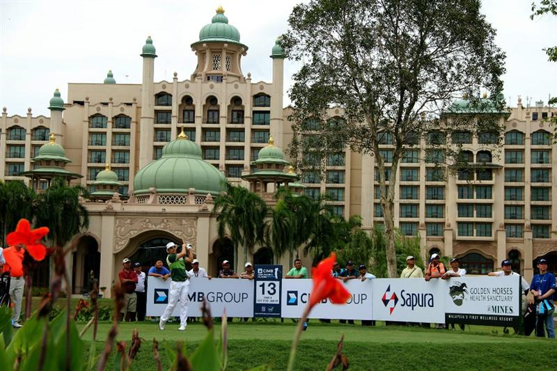 KUALA LUMPUR, MALAYSIA - OCTOBER 31: Ben Crane of USA tees off on the 13th hole during day four of the CIMB Asia Pacific Classic at The MINES Resort & Golf Club on October 31, 2010 in Kuala Lumpur, Malaysia. (Photo by Stanley Chou/Getty Images)