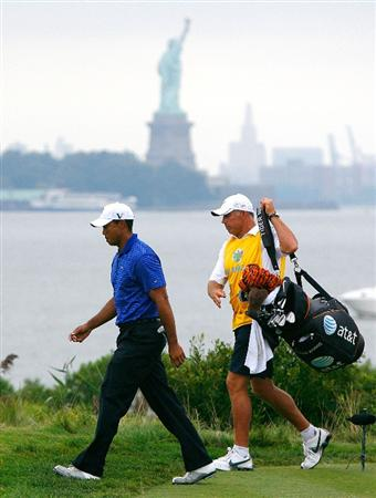 JERSEY CITY, NJ - AUGUST 29:  Tiger Woods (L) and his caddie Steve Williams of New Zealand walk down the 14th hole during round three of The Barclays on August 29, 2009 at Liberty National in Jersey City, New Jersey.  (Photo by Kevin C. Cox/Getty Images)