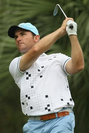 SINGAPORE - NOVEMBER 12:  Ignacio Garrido of Spain in action during the Second Round of the Barclays Singapore Open at Sentosa Golf Club on November 12, 2010 in Singapore, Singapore.  (Photo by Ian Walton/Getty Images)