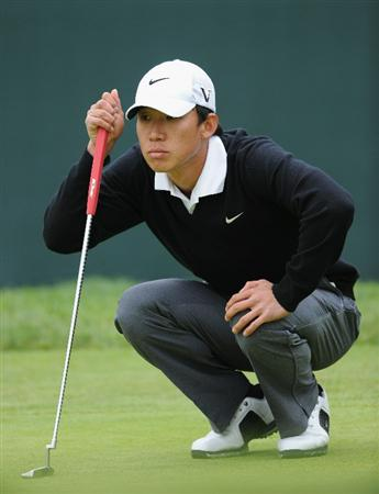 PACIFIC PALISADES, CA - FEBRUARY 18:  Anthony Kim lines up his putt on the 17th hole during the second round of the Northern Trust Open at Riviera Country Club on February 18, 2011 in Pacific Palisades, California.  (Photo by Stuart Franklin/Getty Images)