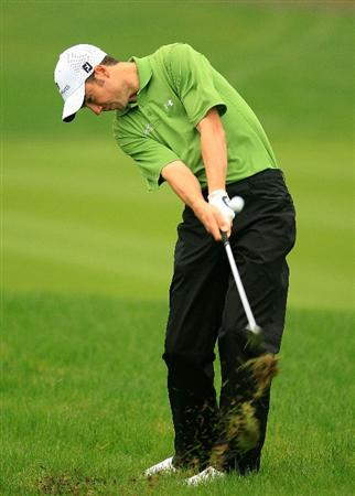 SHANGHAI, CHINA - NOVEMBER 08:  Ross Fisher of England plays a shot on the 4th hole during the second round of the HSBC Champions at Sheshan International Golf Club on November 8, 2008 in Shanghai, China.  (Photo by Scott Halleran/Getty Images)