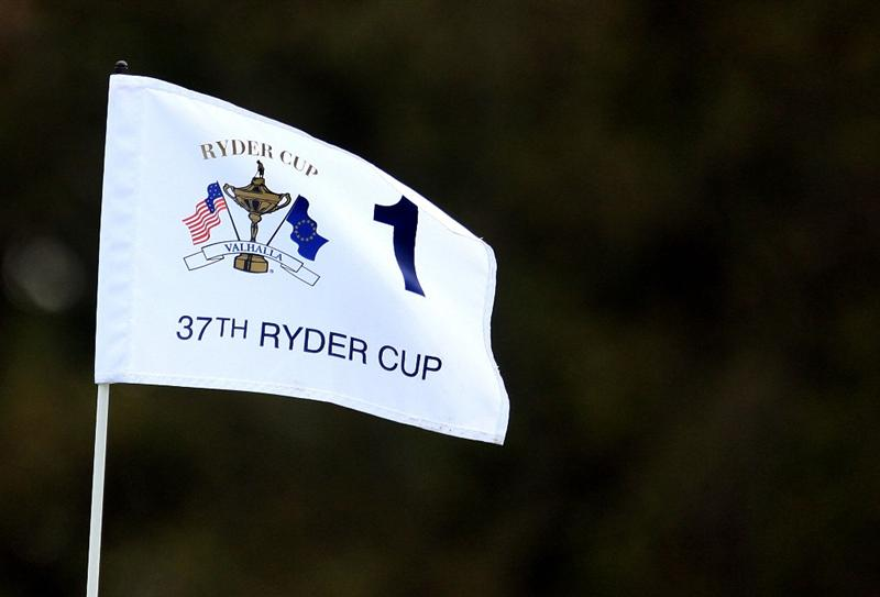 LOUISVILLE, KY - SEPTEMBER 15:  The pin flag is seen on the first hole during practice prior to the 2008 Ryder Cup at Valhalla Golf Club of September 15, 2008 in Louisville, Kentucky.  (Photo by Scott Halleran/Getty Images)