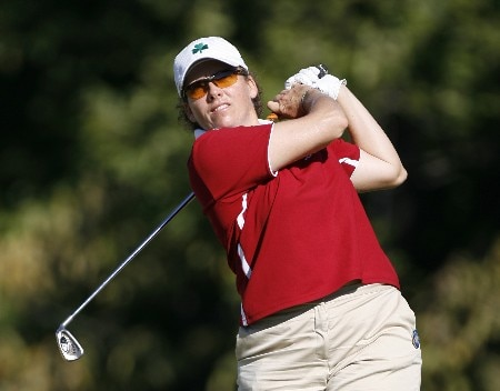 SPRINGFIELD, IL - SEPTEMBER 1:   Moira Dunn hits her tee shot on the 2nd hole during the third round of the State Farm Classic at Panther Creek Country Club on September 1, 2007 in Springfield, Illinois. (Photo by Hunter Martin/Getty Images)