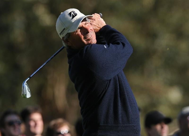 PACIFIC PALISADES, CA - FEBRUARY 20:  Fred Couples plays his tee shot on the 16th hole during the final round of the Northern Trust Open at Riviera Country Club on February 20, 2011 in Pacific Palisades, California.  (Photo by Stuart Franklin/Getty Images)