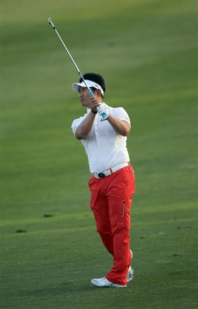 PALM BEACH GARDENS, FL - MARCH 03:  Y.E. Yang of South Korea plays a shot on the 18th hole during the first round of The Honda Classic at PGA National Resort and Spa on March 3, 2011 in Palm Beach Gardens, Florida.  (Photo by Sam Greenwood/Getty Images)