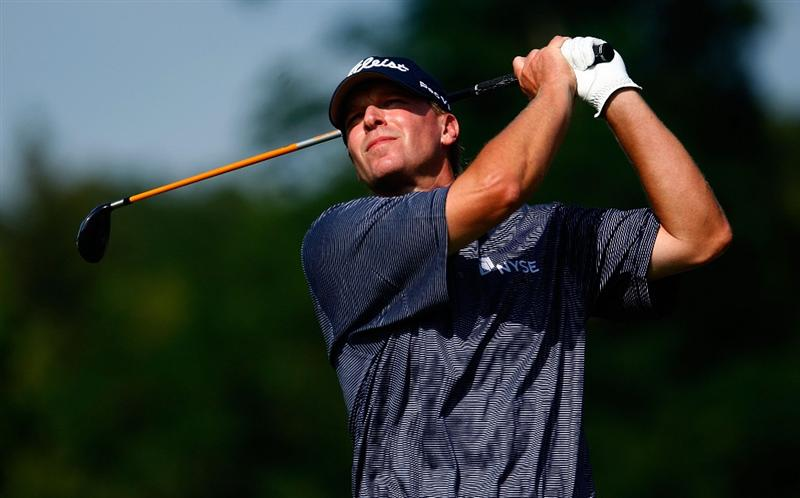 LEMONT, IL - SEPTEMBER 10:  Steve Stricker watches his tee shot on the eighth hole during the first round of the BMW Championship held at Cog Hill Golf & CC on September 10, 2009 in Lemont, Illinois.  (Photo by Scott Halleran/Getty Images)