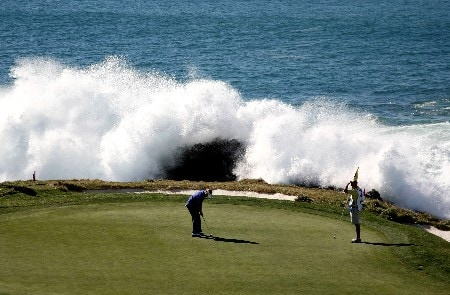 PEBBLE BEACH, CA - FEBRUARY 9: Brandt Snedeker (L) putts on the seventh hole during the third round of the AT&T Pebble Beach National Pro-Am at Pebble Beach Golf Links February 9, 2008 in Pebble Beach, California.  (Photo by Jed Jacobsohn/Getty Images)