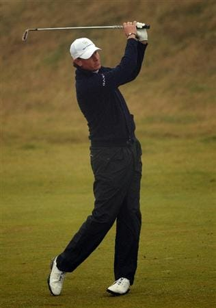 KINGSBARNS, SCOTLAND - OCTOBER 08:  Maarten Lafeber of The Netherlands hits his second shot on the first hole during the second round of The Alfred Dunhill Links Championship at Kingsbarns Golf Links on October 8, 2010 in Kingsbarns, Scotland.  (Photo by Andrew Redington/Getty Images)