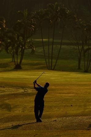 KUALA LUMPUR, MALAYSIA - FEBRUARY 13:  Jose Manuel Lara of Spain in action during the round two of the 2009 Maybank Malaysian Open at Saujana Golf and Country Club on February 13, 2009 in Kuala Lumpur, Malaysia.  (Photo by Ian Walton/Getty Images)