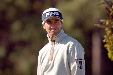 Mark Hensby is bundled from the early-morning cold on the 17th hole   during  the  second round of the MCI Heritage at Harbour Town Golf Links April 15, 2005  at Hilton Head Island.Photo by Al Messerschmidt/WireImage.com