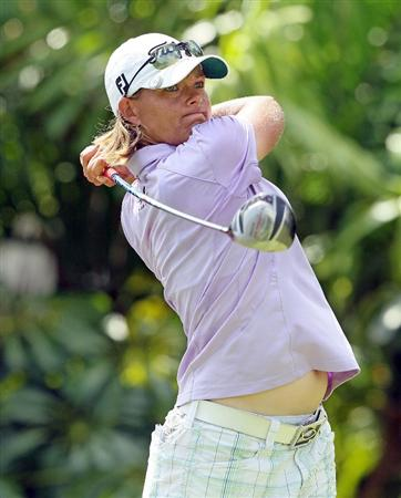 SINGAPORE - FEBRUARY 25:  Katherine Hull of Australia hits her tee shot on the 7th hole during the first round of the HSBC Women's Champions at Tanah Merah Country Club on February 25, 2010 in Singapore, Singapore.  (Photo by Andy Lyons/Getty Images)