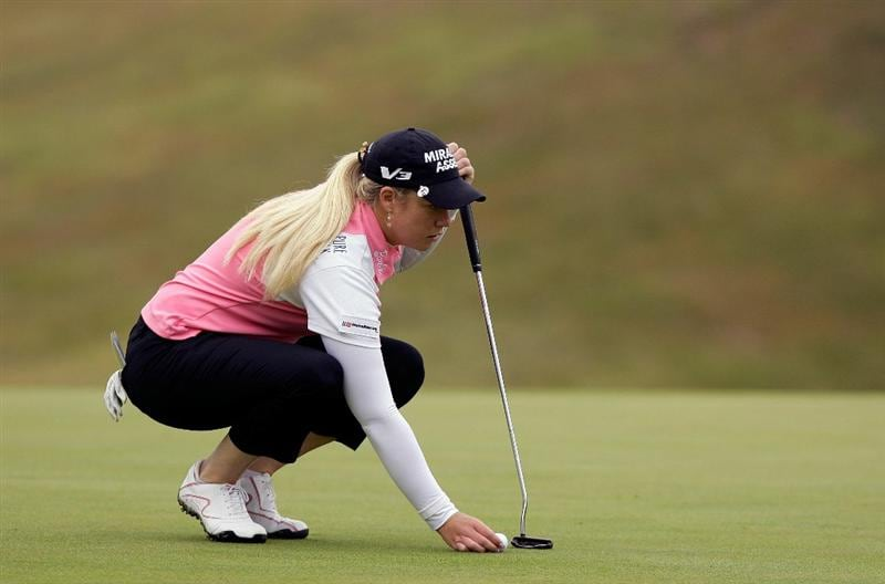SHIMA, JAPAN - NOVEMBER 07:  Brittany Lincicome of United States lines up her putt on the 3rd hole during the final round of the Mizuno Classic at Kintetsu Kashikojima Country Club on November 7, 2010 in Shima, Japan.  (Photo by Chung Sung-Jun/Getty Images)