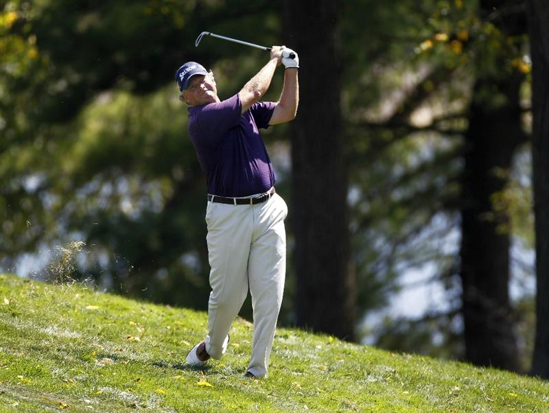 CANONSBURG, PA - SEPTEMBER 02: Darron Stiles hits to the eighth green during the first round of the Mylan Classic presented by CONSOL Energy at Southpointe Golf Club on September 2, 2010 in Canonsburg, Pennsilvania.  (Photo by Gregory Shamus/Getty Images)