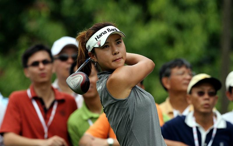 KUALA LUMPUR, MALAYSIA - OCTOBER 24 : Hee Young Park of Korea Republic tees off on the 11th hole during the Final Round of the Sime Darby LPGA on October 24, 2010 at the Kuala Lumpur Golf and Country Club in Kuala Lumpur, Malaysia. (Photo by Stanley Chou/Getty Images)