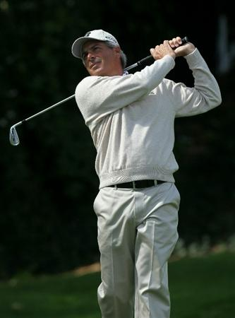 PACIFIC PALISADES, CA - FEBRUARY 19:  Fred Couples hits his tee shot on the sixth hole during round three of the Northern Trust Open at Riviera Country Club on February 19, 2011 in Pacific Palisades, California.  (Photo by Stephen Dunn/Getty Images)