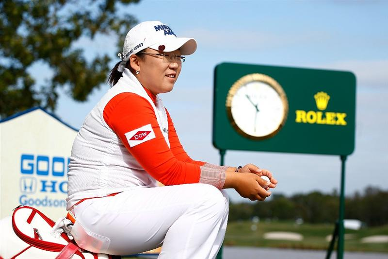 RICHMOND, TX - NOVEMBER 19:  Jiyai Shin of South Korea waits on the 17th tee during the first round of the LPGA Tour Championship presented by Rolex at the Houstonian Golf and Country Club on November 19, 2009 in Richmond, Texas.  (Photo by Scott Halleran/Getty Images)