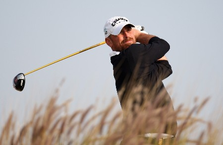 DOHA, QATAR - JANUARY 24:  Thomas Bjorn of Denmark on the par four 16th hole during the first round of the Commercial Bank Qatar Masters held at the Doha Golf Club on January 24, 2008 in Doha,Qatar.  (Photo by Ross Kinnaird/Getty Images)