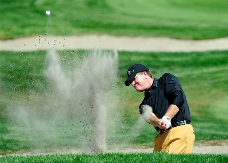 PALM HARBOR, FL - MARCH 20:  Steve Elkington of Australia hits a shot from the bunker on the 7th hole during the second round of the Transitions Championship at the Innisbrook Resort and Golf Club on March 20, 2009 in Palm Harbor, Florida.  (Photo by Sam Greenwood/Getty Images)