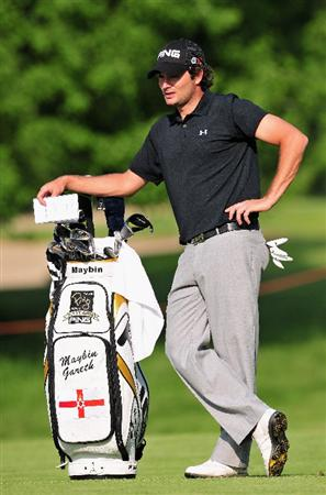 TURIN, ITALY - MAY 07:  Gareth Maybin of Northern Ireland waits next to his bag that has his name the wrong way around on the 18th hole during the first round of the BMW Italian Open at Royal Park I Roveri on May 7, 2009 near Turin, Italy.  (Photo by Stuart Franklin/Getty Images)