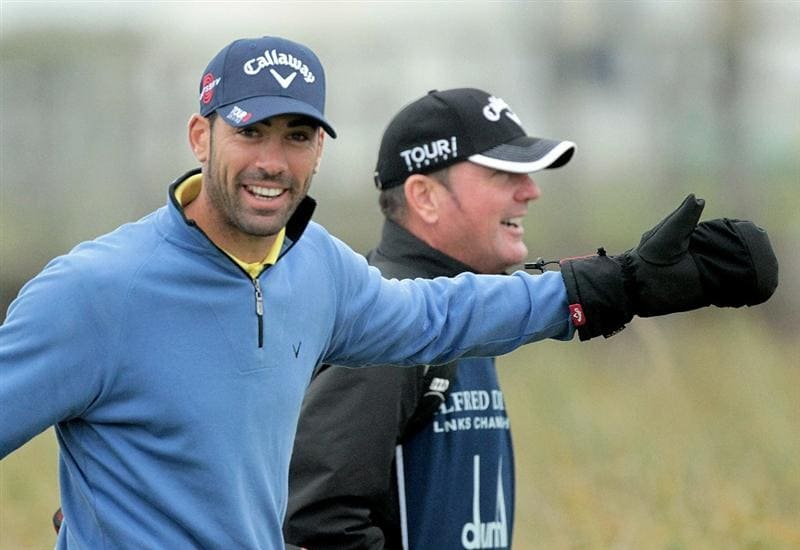 CARNOUSTIE, SCOTLAND - OCTOBER 09:  Alvaro Quiros of Spain on the second tee during the third round of The Alfred Dunhill Links Championship at the Carnoustie Golf Links on October 9, 2010 in Carnoustie, Scotland.  (Photo by David Cannon/Getty Images)