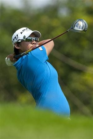 CHON BURI, THAILAND - FEBRUARY 19:  Yani Tseng of Taiwan tees off on the 3rd hole during day three of the LPGA Thailand at Siam Country Club on February 19, 2011 in Chon Buri, Thailand.  (Photo by Victor Fraile/Getty Images)