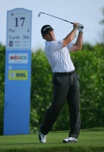 Peter Lonard hits his tee shot on the 17th hole during the final round of the Mayakoba Golf Classic at El Camaleon at Mayakoba in Playa Del Carmen, Mexico on February 25, 2007. PGA TOUR - 2007 Mayakoba Golf Classic - Final RoundPhoto by Mike Ehrmann/WireImage.com