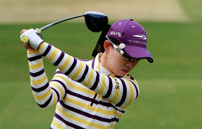 SHIMA, JAPAN - NOVEMBER 07:  Eun-A Lim of South Korea plays a shot on the 4th hole during the final round of the Mizuno Classic at Kintetsu Kashikojima Country Club on November 7, 2010 in Shima, Japan.  (Photo by Chung Sung-Jun/Getty Images)