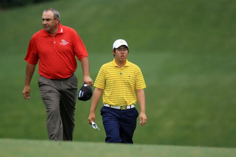 AUGUSTA, GA - APRIL 08:  Angel Cabrera (L) of Argentina walks with amatuer Byeong-Hun An of South Korea on the fifth hole during the first round of the 2010 Masters Tournament at Augusta National Golf Club on April 8, 2010 in Augusta, Georgia.  (Photo by David Cannon/Getty Images)