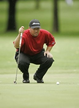 2005 US Bank Championship-Round 1: Chris Smith lines up his putt on the 6th hole during the 1st round of the  2005 US Bank Championship at Brown Deer Park in Milwaukee, Wisconsin on July 21, 2005.Photo by Mike Ehrmann/WireImage.com
