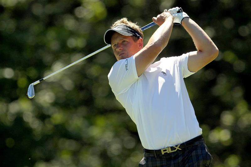 NORTON, MA - SEPTEMBER 04:  Luke Donald of England hits a shot on the eighth tee during the second round of the Deutsche Bank Championship at TPC Boston on September 4, 2010 in Norton, Massachusetts.  (Photo by Mike Ehrmann/Getty Images)
