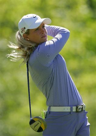 CORNING, NY - MAY 21:  Suzann Pettersen of Norway hits a drive during the first round of the LPGA Corning Classic at the Corning Country Club held on May 21, 2009 in Corning, New York.  (Photo by Michael Cohen/Getty Images)