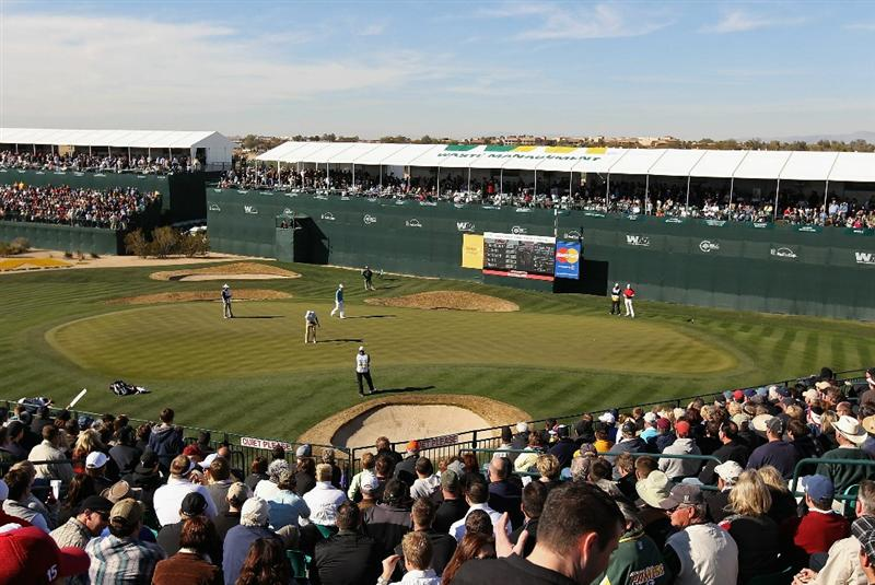 SCOTTSDALE, AZ - FEBRUARY 04:  Kevin Streelman putts on the 16th hole green during the first round of the Waste Management Phoenix Open at TPC Scottsdale on February 4, 2011 in Scottsdale, Arizona.  (Photo by Christian Petersen/Getty Images)