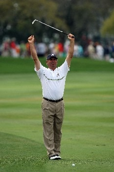 ORLANDO, FL - MARCH 15:  Fred Couples of the USA stretches before he hits his second shot at the 1st hole during the third round of the 2008 Arnold Palmer Invitational presented by Mastercard at the Bay Hill Golf Club and Lodge, on March 15, 2008 in Orlando, Florida.  (Photo by David Cannon/Getty Images)