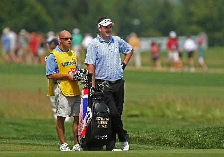 OAKMONT, PA - JUNE 16:  Kenneth Ferrie of England waits on the first hole with his caddie David Kenny during the third round of the 107th U.S. Open Championship at Oakmont Country Club on June 16, 2007 in Oakmont, Pennsylvania.  (Photo by David Cannon/Getty Images)