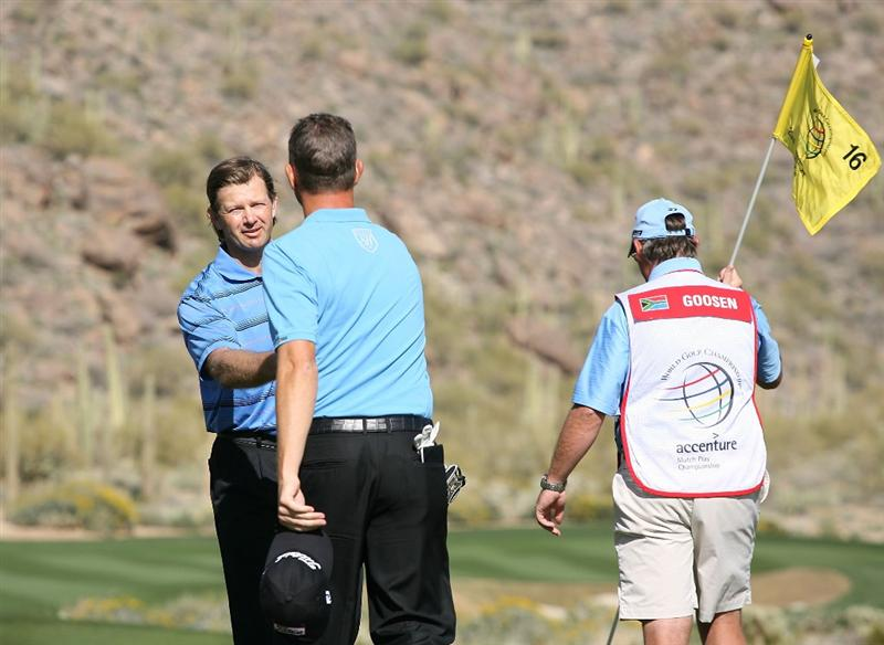 MARANA, AZ - FEBRUARY 17:  Retief Goosen of south Africa wins his match against Soren Hansen of Denmark on the 16th hole during round one of the Accenture Match Play Championship at the Ritz-Carlton Golf Club on February 17, 2010 in Marana, Arizona.  (Photo by Hunter Martin/Getty Images)