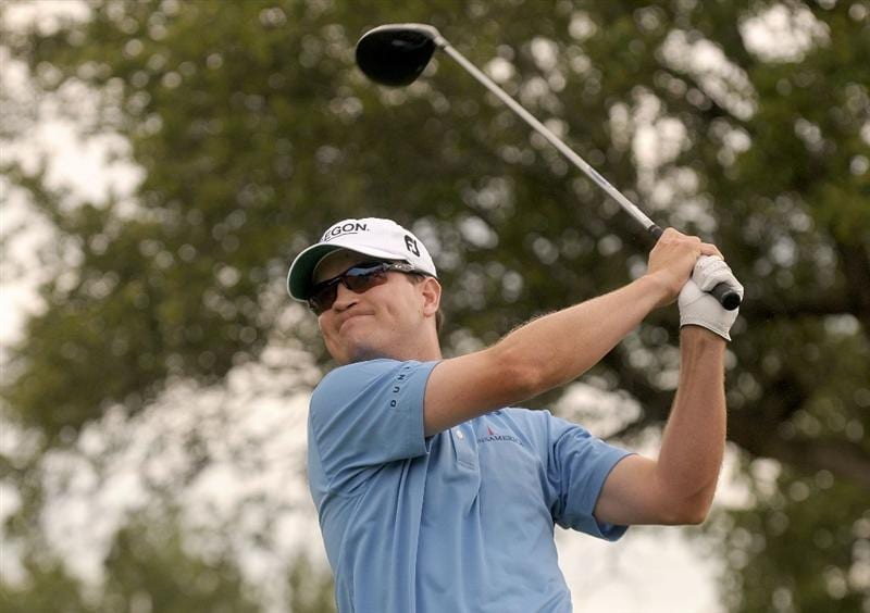 SAN ANTONIO TX. - MAY 17: Zach Johnson tees off the 18th hole during the fourth and final  round of  the Valero Texas Open held at La Cantera Golf Club on May 17, 2009 in San Antonio, Texas (Photo by Marc Feldman/Getty Images)