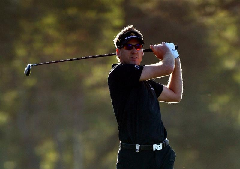 PERTH, AUSTRALIA - FEBRUARY 20:  Ian Poulter of England plays his second shot at the 10th hole during the second round of the 2009 Johnnie Walker Classic tournament at the Vines Resort and Country Club, on February 20, 2009, in Perth, Australia  (Photo by David Cannon/Getty Images)