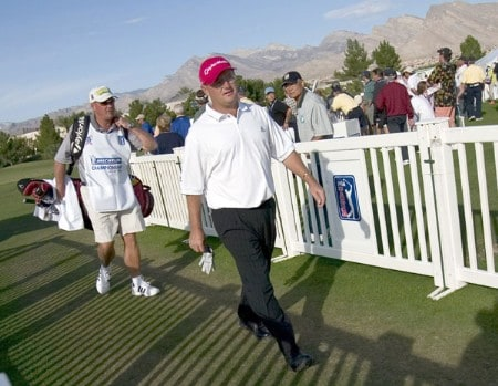 Gavin Coles walks to the first tee to begin the final round of the 2005 Michelin Championship at Las  Vegas Sunday, Oct. 16, 2005, at the The Players Club at Summerlin in Las Vegas, Nevada.Photo by Grant Halverson/WireImage.com