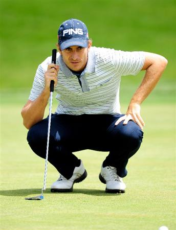 MALLORCA, SPAIN - MAY 15:  Alejandro Canizares of Spain lines up his putt on the seventh hole during the third round of the Open Cala Millor Mallorca at Pula golf club on May 15, 2010 in Mallorca, Spain.  (Photo by Stuart Franklin/Getty Images)
