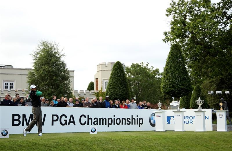 VIRGINIA WATER, ENGLAND - MAY 26:  Nicolas Colsaerts of Belgium tees off on the first during the first round of the BMW PGA Championship at Wentworth Club on May 26, 2011 in Virginia Water, England.  (Photo by Andrew Redington/Getty Images)