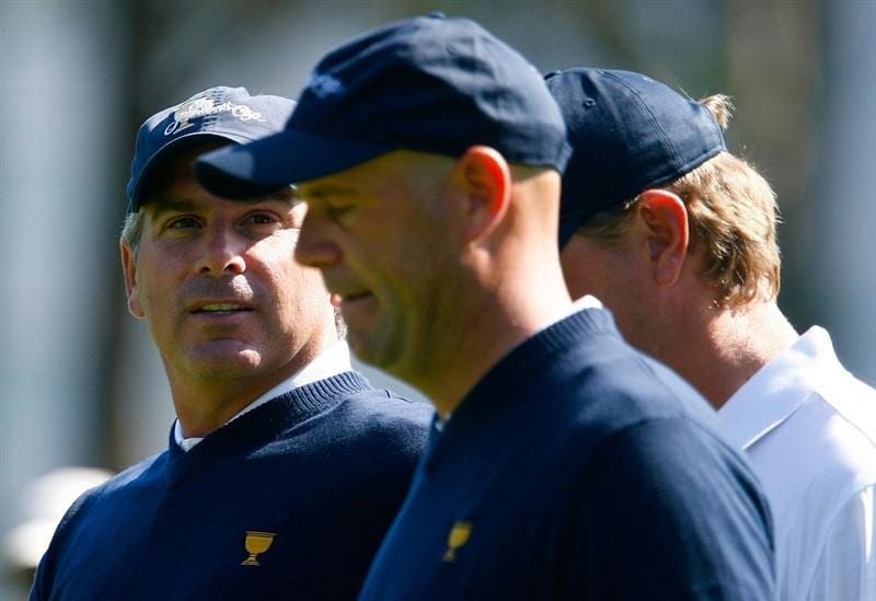 SAN FRANCISCO - OCTOBER 06:  US Team captain Fred Couples, (L) walks with Stewart Cink and Lucas Glover during a practice round prior to the start of The Presidents Cup at Harding Park Golf Course on October 6, 2009 in San Francisco, California.  (Photo by Scott Halleran/Getty Images)