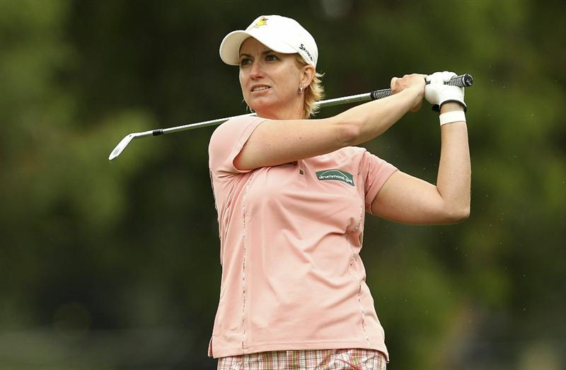 MELBOURNE, AUSTRALIA - FEBRUARY 03:  Karrie Webb of Australia plays a shot during day one of the Women's Australian Open at The Commonwealth Golf Club on February 3, 2011 in Melbourne, Australia.  (Photo by Lucas Dawson/Getty Images)