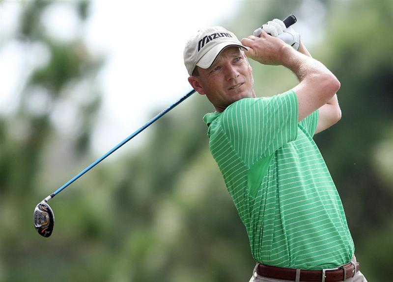 WEST PALM BEACH, FL - DECEMBER 07:  Andrew McLardy hits a tee shot during the final round of the 2009 PGA TOUR Qualifying Tournament at Bear Lakes Country Club on December 7, 2009 in West Palm Beach, Florida.  (Photo by Doug Benc/Getty Images)