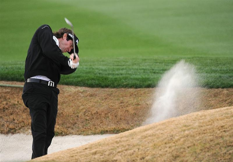 MARANA, AZ - FEBRUARY 26:  Bubba Watson hits his bunker shot on the 18th hole during the semifinal round of the Accenture Match Play Championship at the Ritz-Carlton Golf Club on February 26, 2011 in Marana, Arizona.  (Photo by Stuart Franklin/Getty Images)