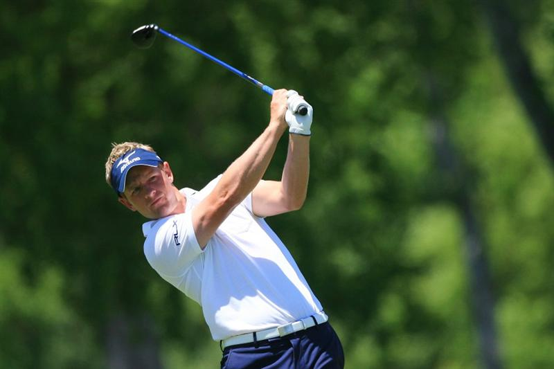 NEW ORLEANS, LA - APRIL 29: Luke Donald of England hits his second shot on the seventh hole during the second round of the Zurich Classic at the TPC Louisiana on April 29, 2011 in New Orleans, Louisiana. (Photo by Hunter Martin/Getty Images)