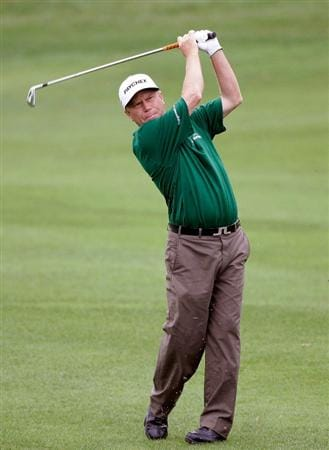 INCHEON, SOUTH KOREA - SEPTEMBER 10:  Jeff Sluman of United States plays a shot during day one of PGA Champions Tour - Posco E&C Songdo Championship at Jack Nicklaus Golf Club on September 10, 2010 in Incheon, South Korea.  (Photo by Chung Sung-Jun/Getty Images)