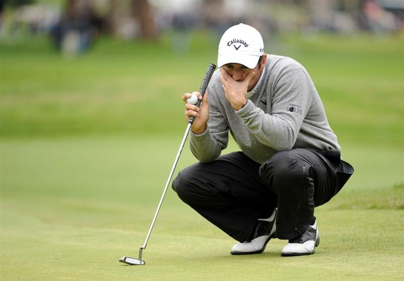 PACIFIC PALISADES, CA - FEBRUARY 19:  Trevor Immelman of South Africa lines up his putt on the 17th green during the third round of the Northern Trust Open at the Riviera Contry Club on February 19, 2011 in Pacific Palisades, California.  (Photo by Harry How/Getty Images)